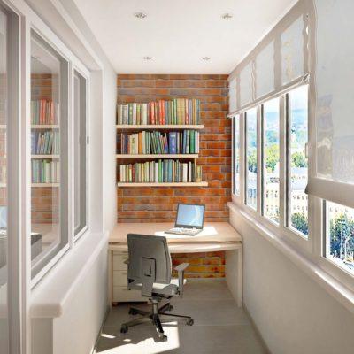 Фото 5 - рабочее место на балконе