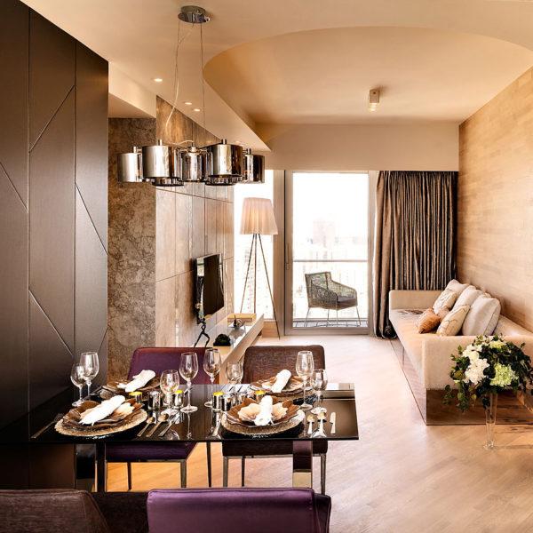 Фото 2 - дизайн гостиной в стиле хай-тек