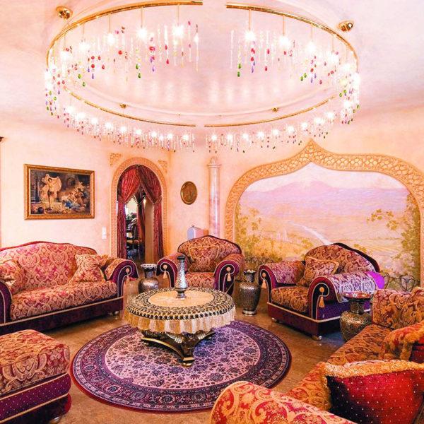 Фото 4 - интерьер гостиной с арабском стиле
