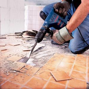 Ремонт ванной комнаты своими руками - демонтаж плитки