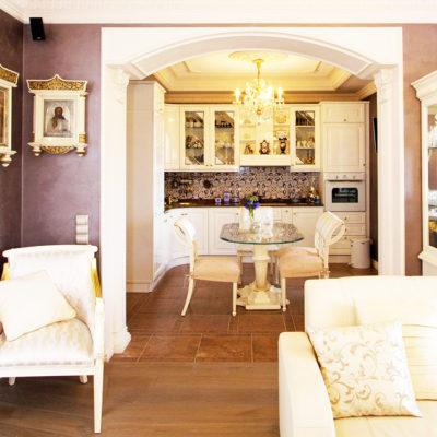 Фото 3 - вариант арки между кухней и гостиной