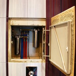 Закрытый способ установки труб в туалете своими руками