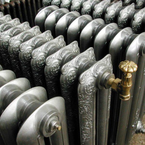 Радиаторы отопления под старину из чугуна