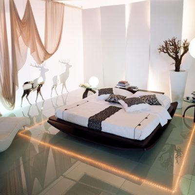 Спальня с дизайнерским ремонтом