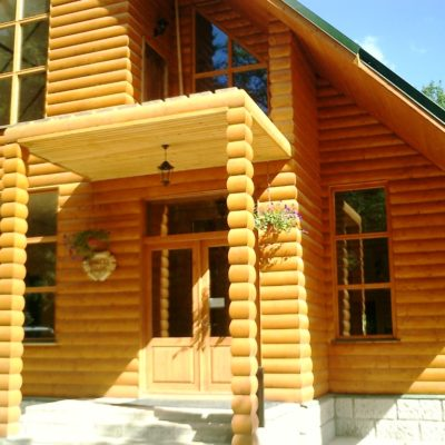 Обшивка дома деревом (блок хаус) - фото №2